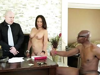 Sean Michaels Makes Blonde Jennifer Milky Bawl And Shout With His Erect Cane In Her Love Slot