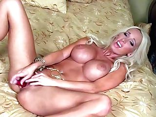 Lachelle Is A Gorgeous Blonde With Flawless Figure. Big Meloned