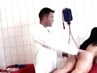 Lady Gets Her Vulva Spread And Creampied By The Physician