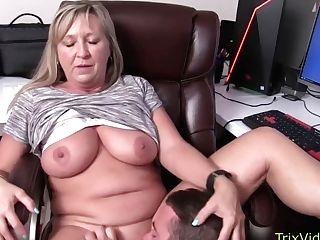 Ms Paris Rose And Melanie Hicks In Fuckbox Tonguing Jizz Loving Trailer Litter Whores