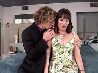 Long-legged Mummy Dark Haired Dana Dearmond In Brief Sundress Gets Seduced