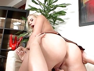Teenage Angel Milky Has Some Time To Get Some Pleasure With Hard Cocked Fuck Mate