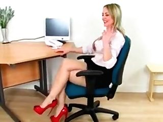 Skinny Scarlet Will Help You Get Through A Day At The Office