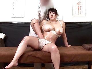 Japanese Bbw Xx Oil Rubdown Big Tits Orgasm