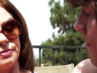 Hot Mom Got Her Eye On The Poolboy