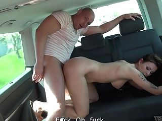 Experienced Roadside Whore Gives A Suck Off And Gets Fucked In The Van