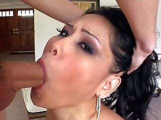Jessica Bangkok Gets Her Mouth Earnestly Fucked By Horny Man