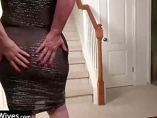 Usawives Hot Mummies Got Naked And Toyed Twats