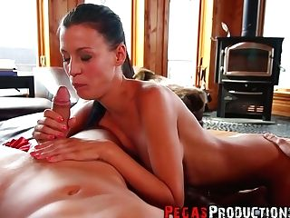 Lewd Canadian Chick Amy Lee Provides Her Man With A Supreme Point Of View Dt